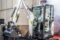 3 excavatoare compacte Bobcat din noua generatie de la 1 la 2 t