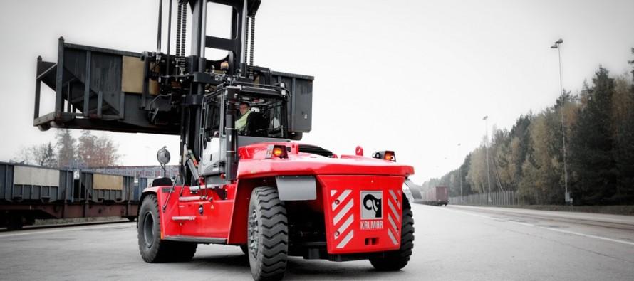 Kalmar lansează noua generaţie de stivuitoare grele pentru piaţa nord-americană