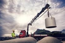 Hiab lansează în Olanda 3 noi modele de macarale mari cu braț articulat