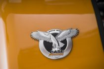 Design stilizat şi o nouă emblemă pentru utilajele CASE