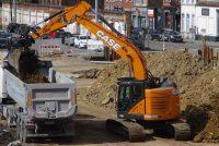 Primul excavator Case CX245D SR livrat este deja la lucru