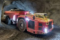 Camioanele miniere inteligente Sandvik automatizează transportul cu AutoMine
