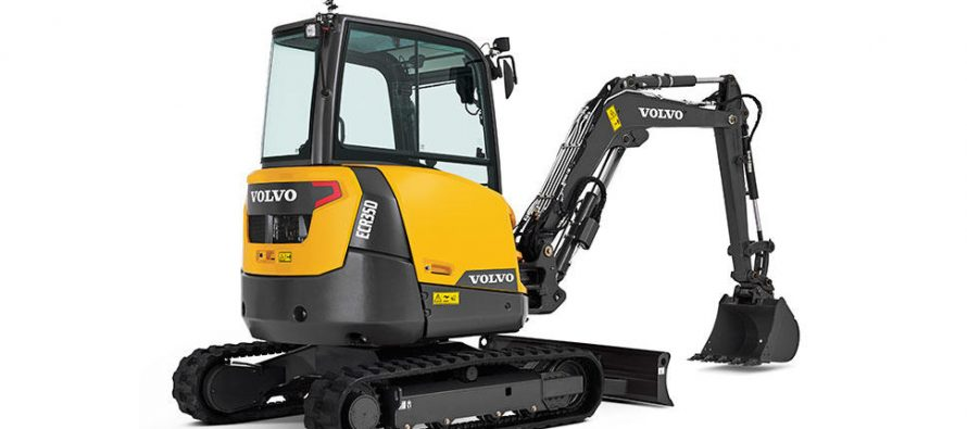 Vigoare şi precizie pentru excavatoarele compacte Volvo de 3 şi 4 tone