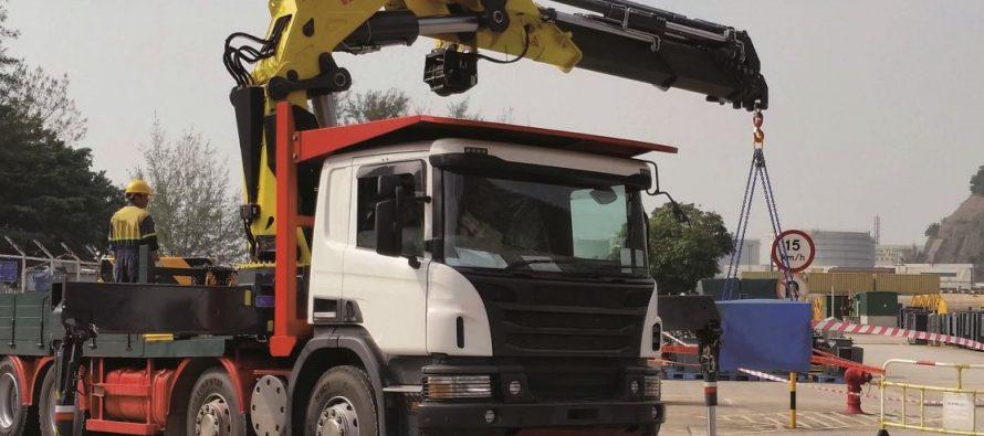 Hyva lansează trei noi macarale cu capacități între 95 și 165 tm