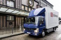 FUSO eCanter – primul autocamion electric fabricat în serie, livrat clienților din Europa