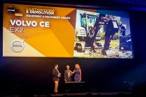 Excavatorul compact 100% electric Volvo EX2, distins cu Intermat Innovation Award 2018