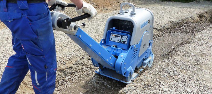 WEtrac crește eficiența și reduce costurile plăcilor compactoare reversibile Weber MT