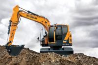 Hyundai Construction lansează excavatorul cu rază compactă HX130 LCR