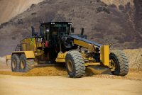 New CAT 24 motor grader improves performance, lowers costs and advances safe operation