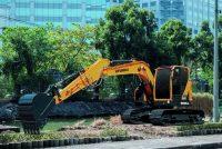 Hyundai Construction Equipment lansează noul excavator HX130 LRC