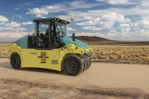 Noul compactor hidrostatic pe pneuri Ammann ART 280 prezintă un sistem de balastare modular