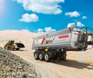 Îmbinarea inteligentă a materialelor face posibilă o sarcină mai mare pentru semiremorca basculabilă Kögel