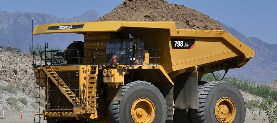 Caterpillar anunță două noi camioane rigide de ultra-clasă