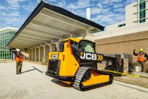 The JCB compact tracked teleskid is available for European markets