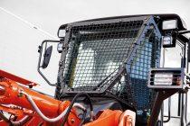 Hitachi îmbunătățește durabilitatea și siguranța încărcătoarelor frontale pe roți ZW180-6 și ZW220-6 pentru aplicații speciale
