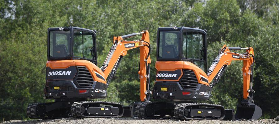 Doosan lansează noi miniexcavatoare cu motoare Stage V