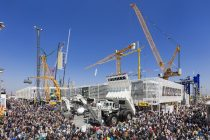 "Liebherr, la Bauma 2019, sub sloganul ""Together. Now & Tomorrow."""