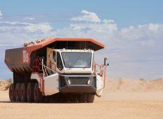 Revoluționarul camion minier Rexx a impresionat în testele de teren