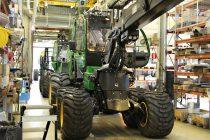 Deere și Joensuun Yrityskiinteistöt Oy, investiție de 20 mil. euro în dezvoltarea fabricii de utilaje forestiere
