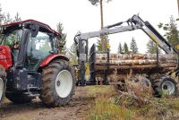 Kesla's new tractor forest trailer range displayed at SkogsElmia