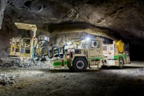 Normet face istorie prin alimentarea de la baterii a explozivilor pentru derocare în subteran