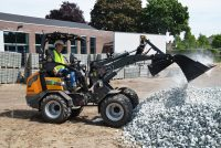 First electric loaders from Tobroco-Giant