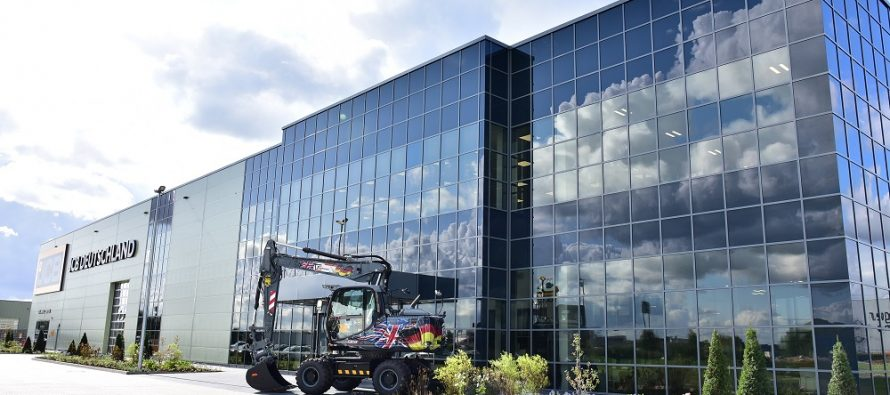 Lord Bamford officially opens new £50 million JCB Germany HQ