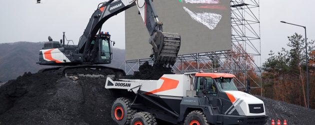 Doosan Infracore demonstrates the unmanned and automated construction site solutions from drone surveying to equipment operations