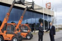 AUSA joins forces with JLG