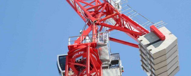 Wolffkran prezintă la Conexpo 2020 macaraua turn cu braț înclinat hidraulic Wolff 166 B US