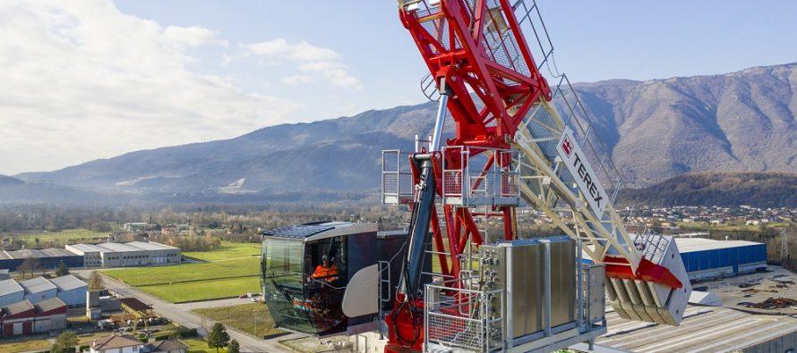 Terex Cranes a lansat prima sa macara turn cu braț înclinat hidraulic: modelul CTLH 192-12