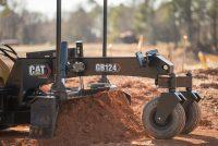 Uneltele de lucru Cat SMART – Lamă Buldozer, Lamă Autogreder și Braț de Excavare – revoluționează miniîncărcătoarele pe roți și pe șenile Cat seria D3