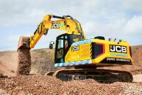 JCB leads the way with first hydrogen-fuelled excavator