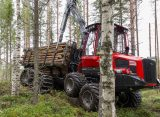 TX (Thinning Experts) – un nou concept Komatsu Forest pentru aplicații forestiere de rărituri