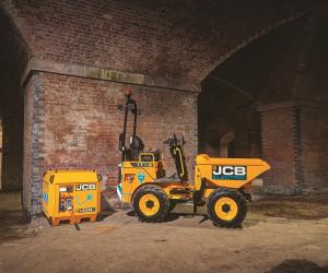 JCB adaugă primul model electric în gama sa de dumpere compacte de șantier