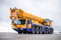Tadano Demag introduce o nouă macara tot-teren de 450 tone