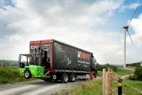 Hiab lansează un nou motostivuitor transportabil Moffett complet electric