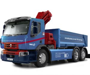Renault Trucks produces its first fully electric worksite supply truck for the Noblet Group