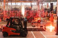 Linde a livrat stivuitorul cu numărul 1 milion, produs la fabrica sa din Aschaffenburg