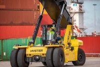 Cabină și motoare noi pentru stivuitoarele de mare capacitate Hyster