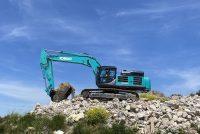 Două noi excavatoare Kobelco în clasa de 50 t