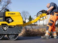 BOMAG își extinde gama de echipamente ușoare de compactare