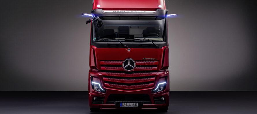 Mercedes-Benz Trucks setează noi standarde în segmentul camioanelor premium pentru transport pe distanțe lungi