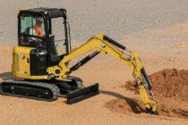 Noile miniexcavatoare Cat de 2,7 – 3,5 t vin cu funcții de primă clasă în industrie