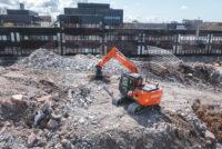 Hitachi ridică nivelul de confort al excavatoarelor ZX130-7 și ZX135US-7